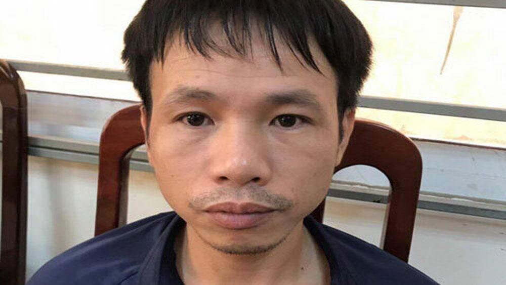 Cổ động viên đốt pháo sáng trên sân Hàng Đẫy bị bắt